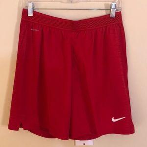 NWT Nike men's size medium red vapor knit shorts